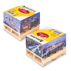 """Блок самоклеящийся (стикер), BRAUBERG, 76х76 мм, 400 л., белый, дизайн """"контейнер"""", на деревянной подставке, 126687"""