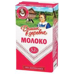 Молоко ДОМИК В ДЕРЕВНЕ, жирность 3,2%, ультрапастеризованное, картонная упаковка, 500 г